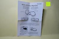 Veipackzettel: Einklappbare Alltags Lupe mit LED Licht - Kompakt und überall einsetzbar