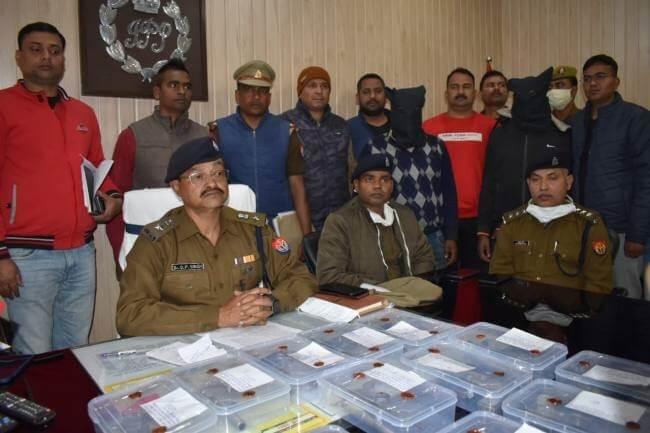 मंगलवार की देर रात पुलिस मुठभेड़ में दो असलहा तस्कर गिरफ्तार
