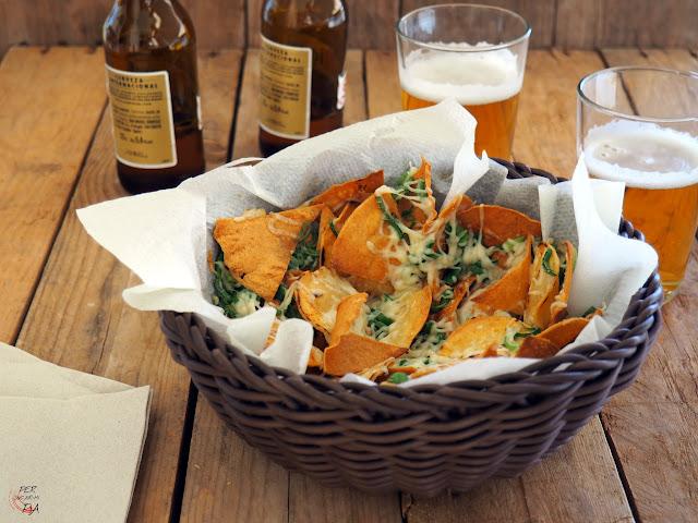 Tortillas de maíz, nachos y totopos