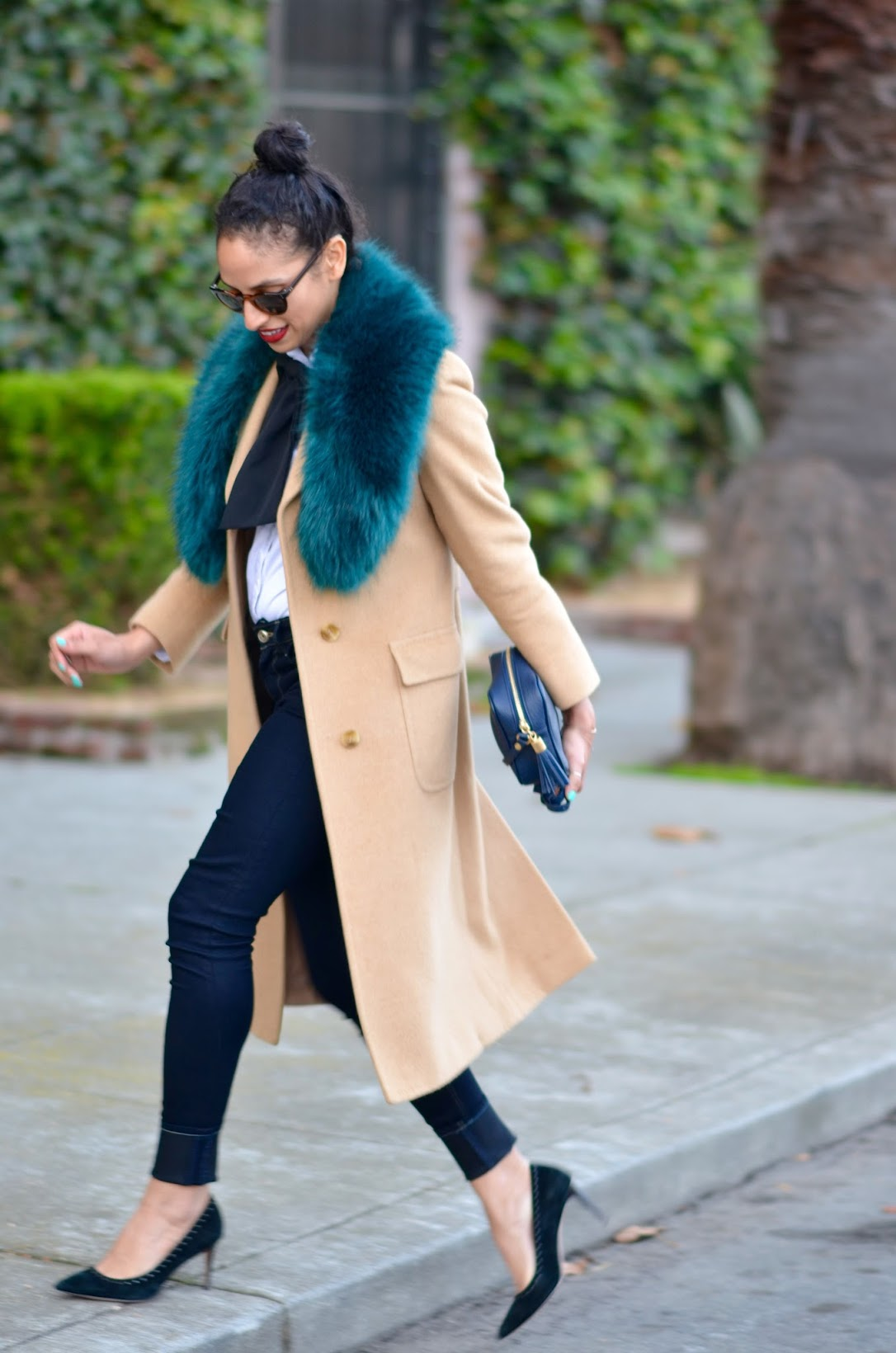 faux fur stole, fun fur, missguided fur stole, vintage coat, camel coat