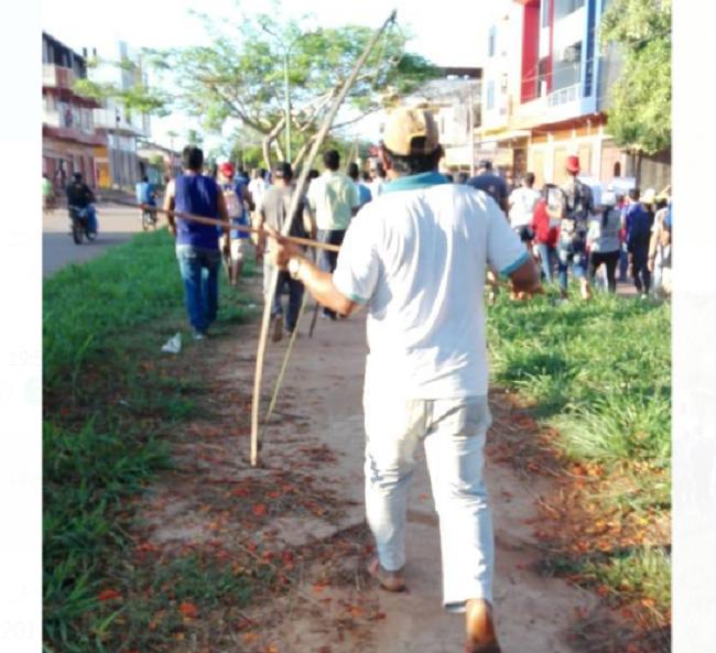 Comunarios afiliados a la CIRABO llegaron a Riberalta con arcos y flechas para enfrentar a los vecinos / RRSS