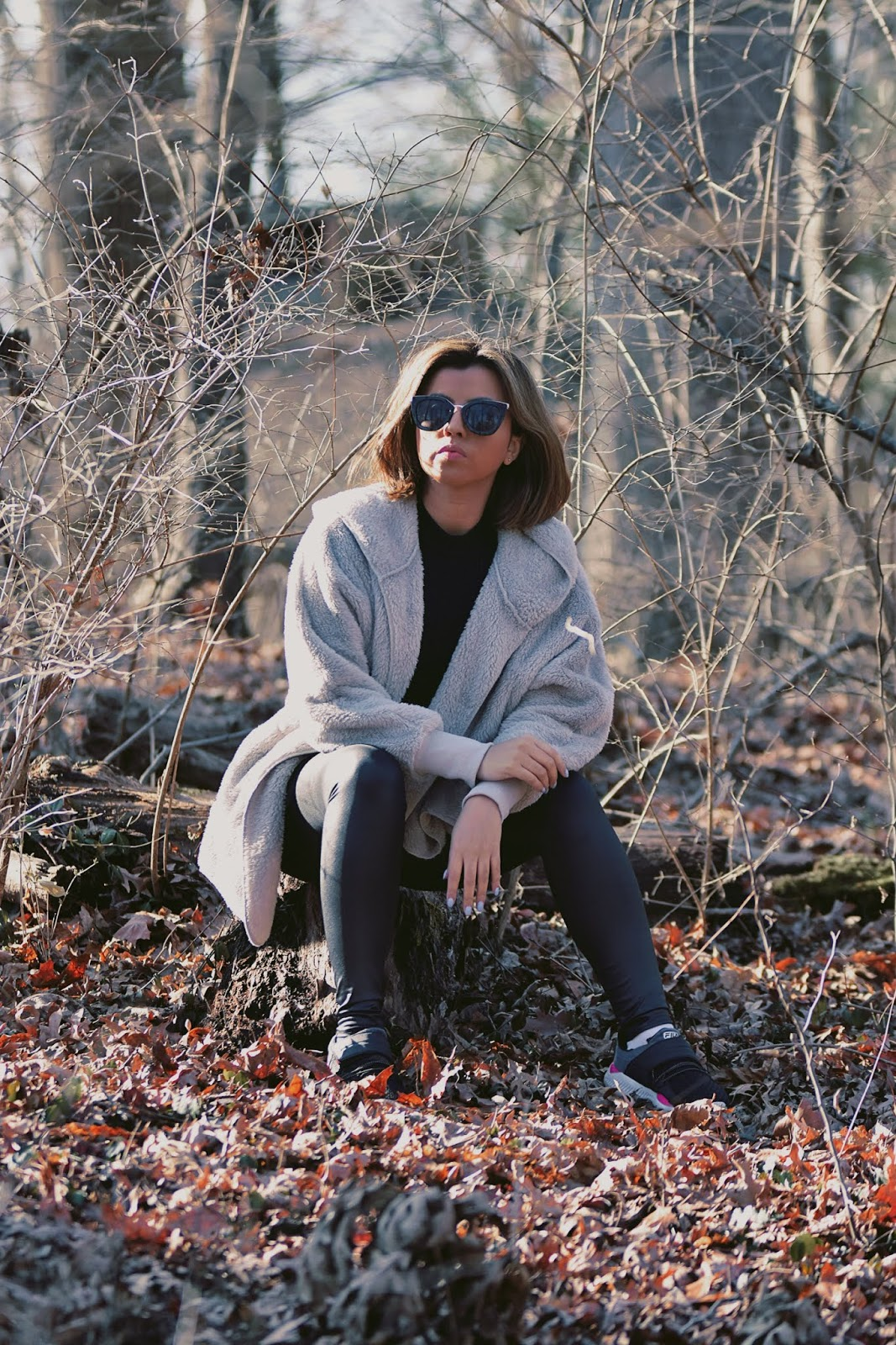 How To Wear A  Oversized Hooded Cardigan-mariestilo-dcblogger-lookbook store-traveller-modaelsalvador-marisolflamenco-canal de mariestilo-