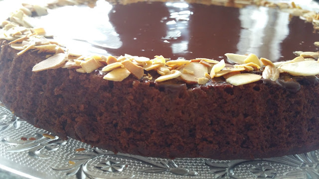 طريقة الكيكة العادية بالكاكاو