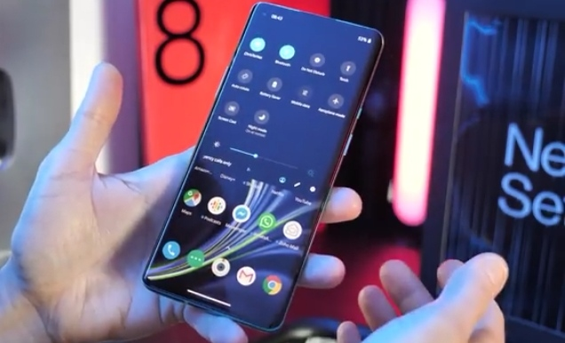 OnePlus 8 Pro Price and features