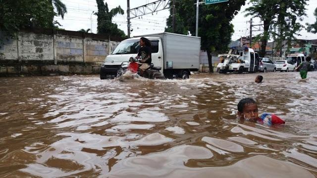 Kicauan Blunder Temen Ahok yang Membuat Netizen Meradang  Soal Banjir Jakarta