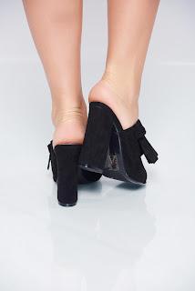sandale-ce-iti-vor-face-vara-mai-frumoasa11