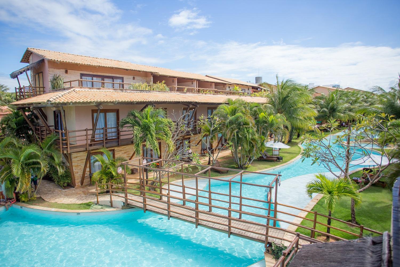 Nísia Floresta tem 26 lagoas, praias com piscinas naturais e um resort tropical com tudo incluso pertinho de Natal