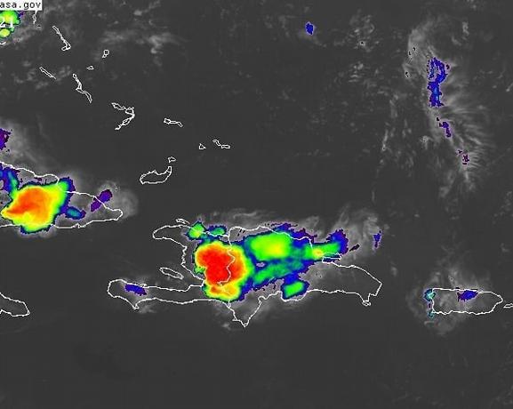Vaguada y onda tropical inciden sobre el país, pero las temperaturas continuarán calurosas