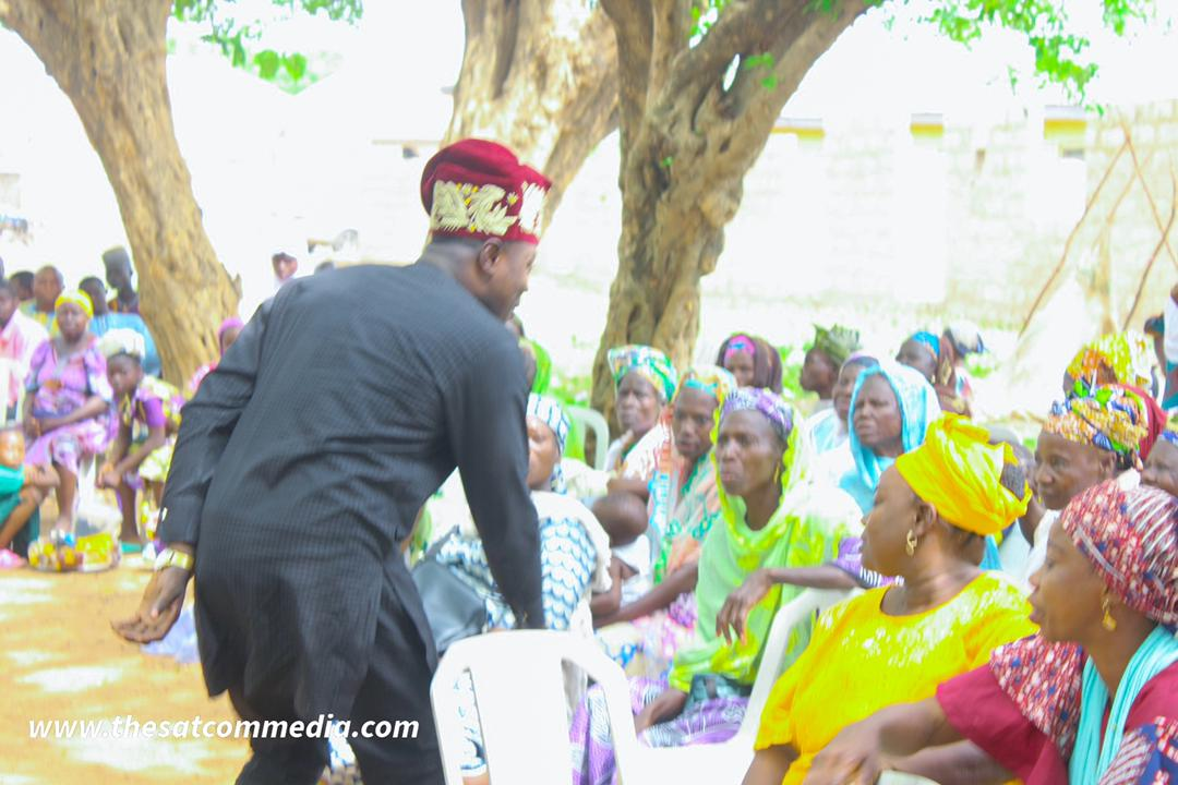 Hon. Sulaimon Lekan Gadaff Empowers 70 People in Asa Local Government