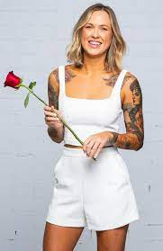Roxi Kenny The Bachelor: Age, Height, Wiki, Biography, Instagram, Job