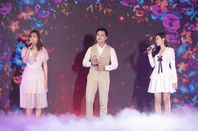 Đêm nhạc của đạo diễn Hoàng Nhật Nam quy tụ 60 nghệ sĩ, quyên góp 6 tỷ