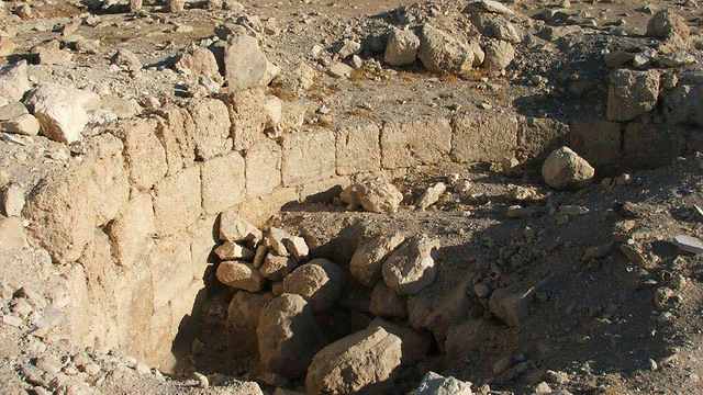 Looting of ancient sites rife in Palestine