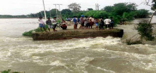 river-level-enclude-ganga-high-in-bihar