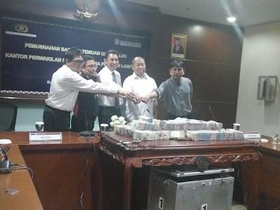 BI dan Polda Lampung Musnahkan Uang Palsu