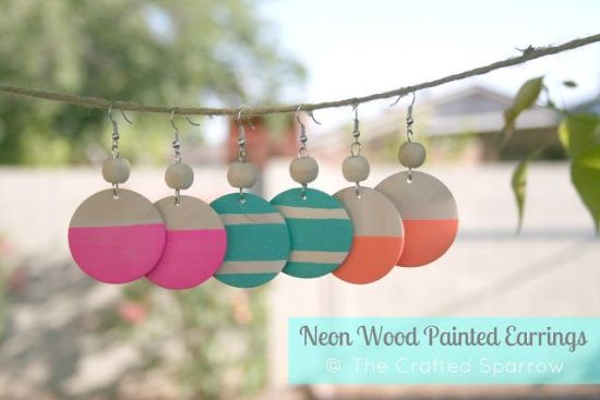 DIY Christmas gift idea - neon wood painted earrings