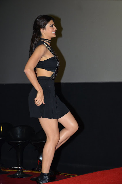 Jacqueline Fernandez Looks Irresistibly Sexy In a Black Dress in Mumbai