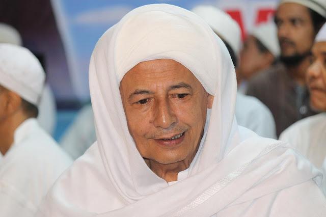 Habib Luthfi bin Yahya: Presiden Harus Dihormati