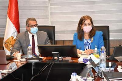وزراء السياحة والآثار والتخطيط يخططون لبحث تطوير مبنى مجمع التحرير