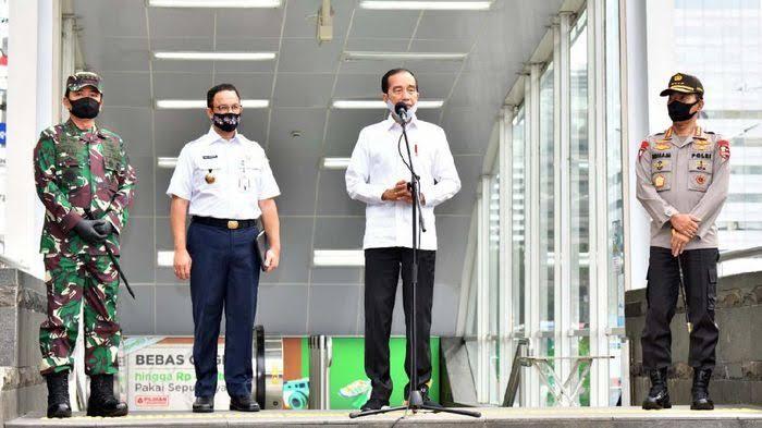 Poin-poin Pernyataan Terbaru Jokowi Saat Tinjau Kesiapan New Normal di Mal Bekasi
