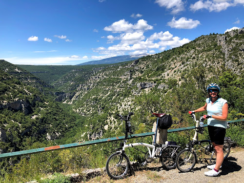 French Village Diaries cycling les Gorges de la Nesque Provence