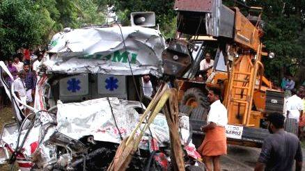 Thainassery accident: Vakeil overdrive and preliminary assertion that ambulance was overweight,www.thekeralatimes.com