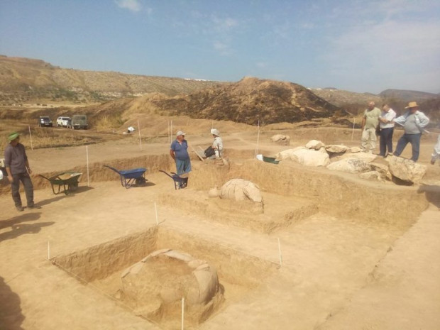 'Pot' burial discovered in Armenia's Tigranakert