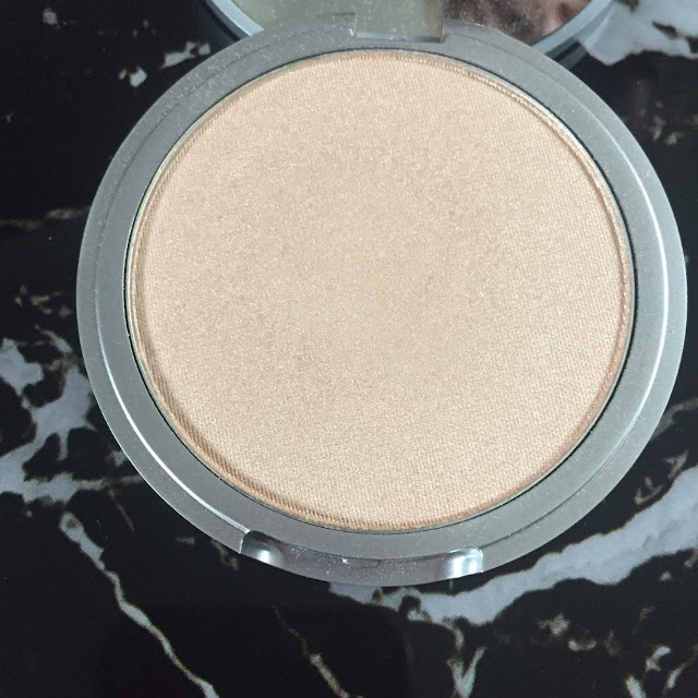 My favourite highlighters, The Balm Mary Lou Manizer