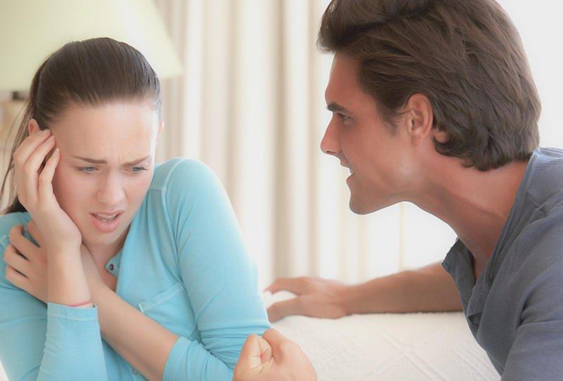 كيف تتعاملي مع الزوج العنيد والعصبي لكي تتجنبي الوقوع في المشاكل؟