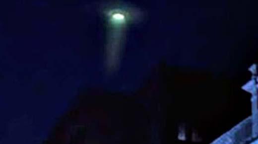 OVNI 'agujero de gusano' causa panico en Ciudad del Cabo