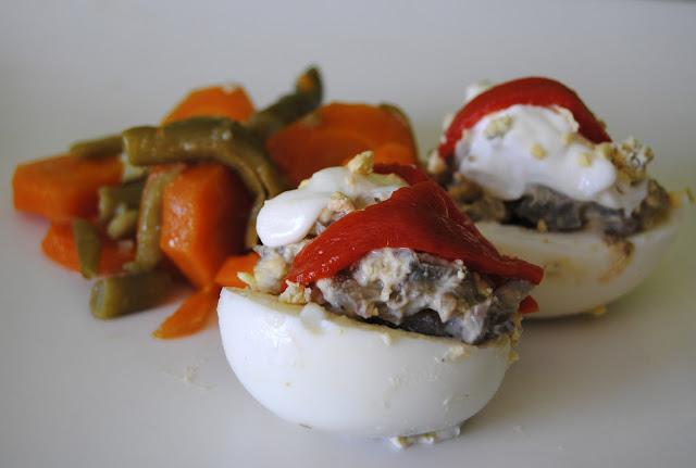 Huevos rellenos caseros de Gambas y Champiñones