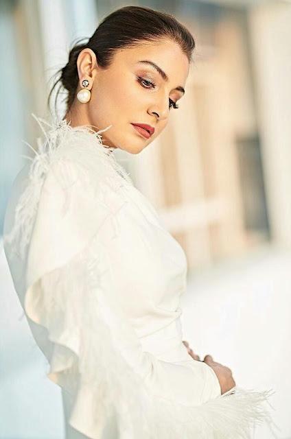 Anushka Sharma Hot Sexy HD Wallpaper 2020