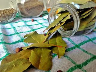 manfaat-rebusan-daun-salam-bagi-kesehatan,www.healthnote25.com