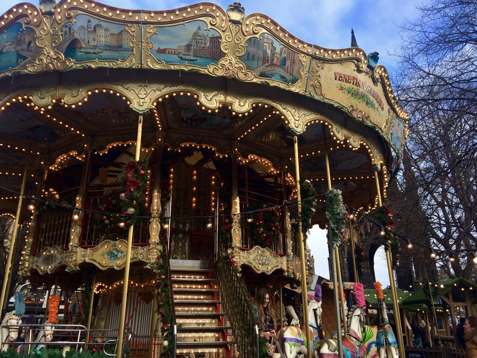 Edinburgh Christmas Carousel 2016