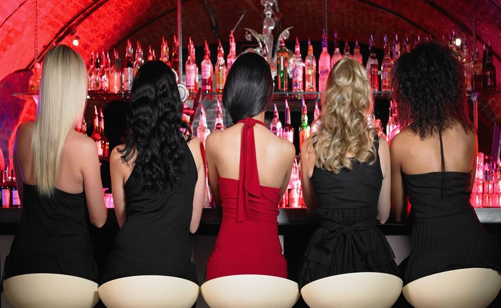 Секс на скрытом камере в клубе вдруг