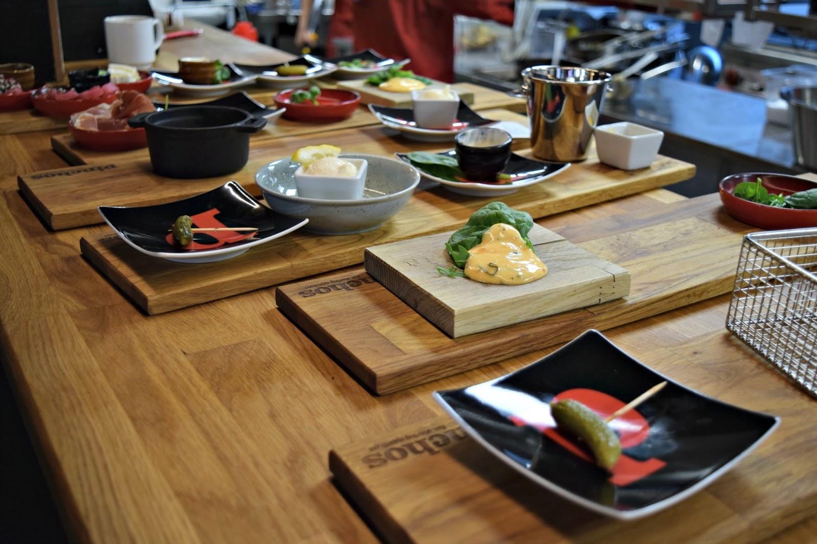 Food counter Pinchos Restaurant review Malmo