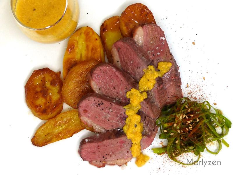 Magrets de canard, coulis de kaki (cuisson à basse température)