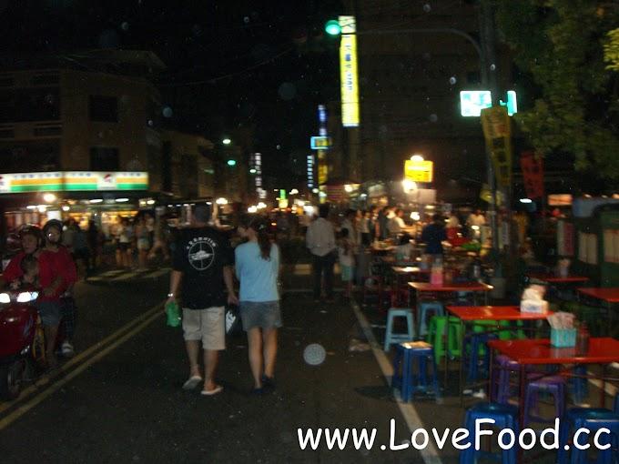 台南新營-新營夜市-每周六才有-炸魷魚 排骨酥 白糖粿 炸雞-xin ying ye shi
