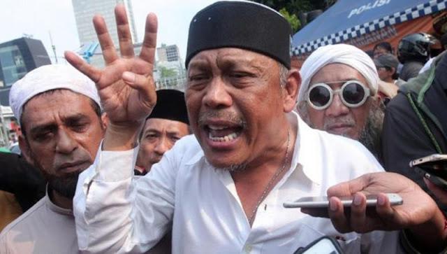 Anggota TNI AU Diborgol Akibat Dukung HRS, Eggi Sudjana: Pelanggaran HAM