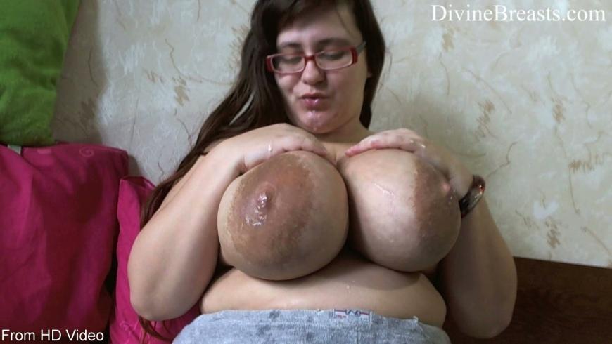 Big tits milk rusia