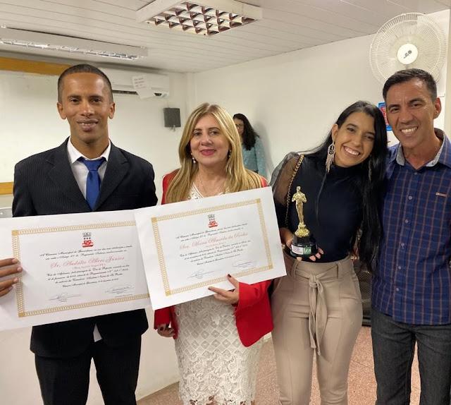 Gestora Maria Almeida do Colégio Santa Joana D'Arc recebe homenagem!!!