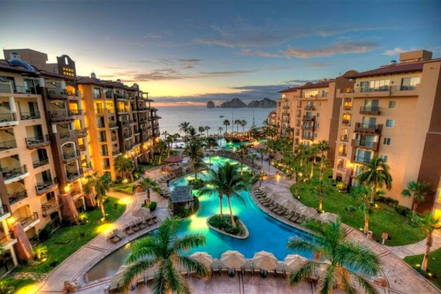 Villa del Arco Beach Resort & Spa in Cabo San Lucas is a family-friendly resort where stunning seaside views and fun entertainment result in an unforgettable vacation.