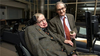 In the 1970s, Stephen Hawking and Roger Penrose founded the Singularity Theory.