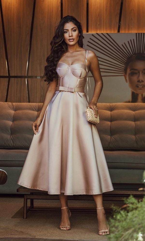 vestido midi para madrinha de casamento