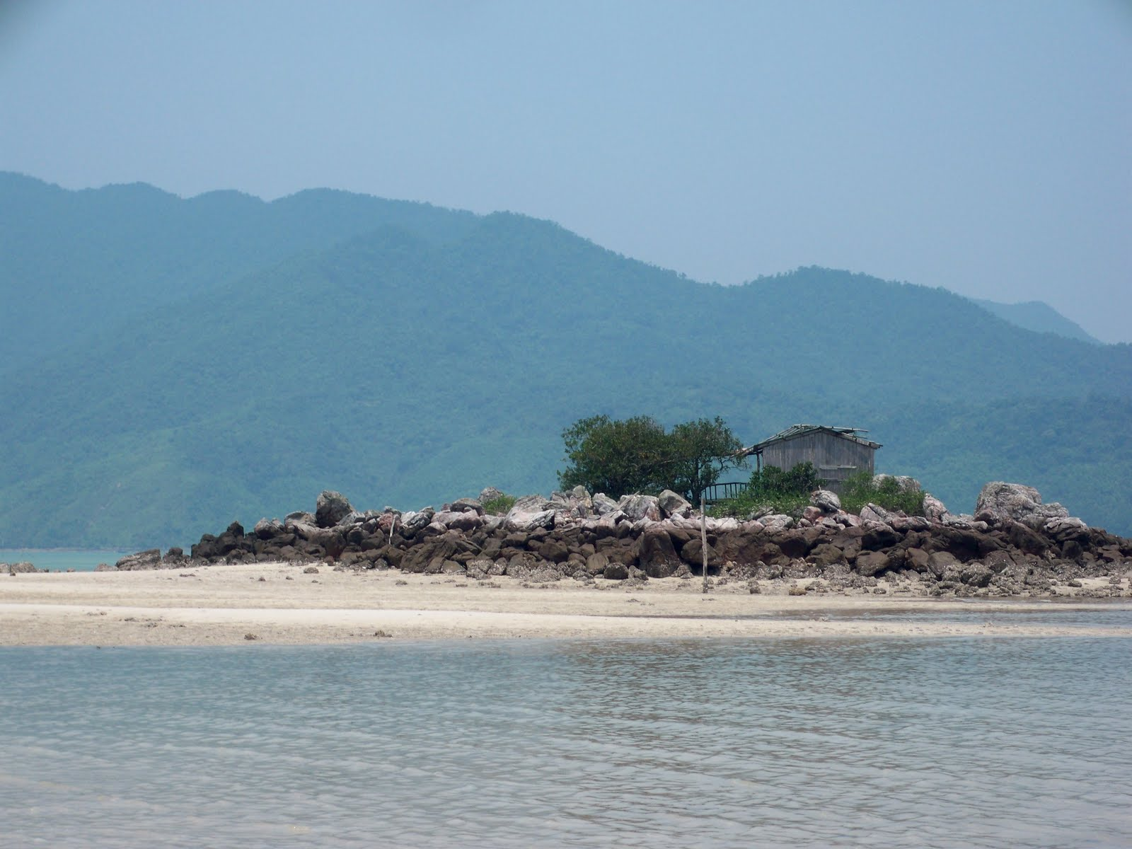 Deserted Tropical Island: Travels With Charlie: Quan Lan Island