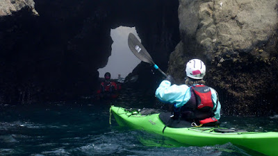 sea kayak mendocino sea caves