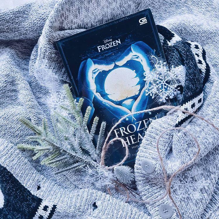 Review Buku : A Frozen Heart