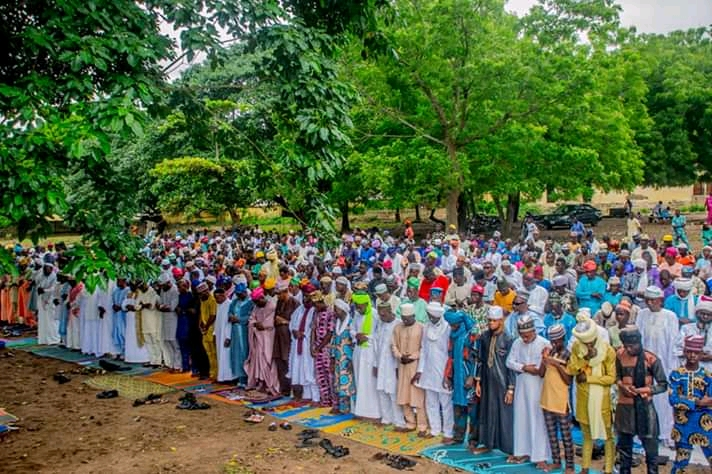 Oyo State Speaker Rt Hon Ogundoyin Adebo Celebrates Eid Al Adha With His Home Town People in Eruwa also Prays With Them See Photos4