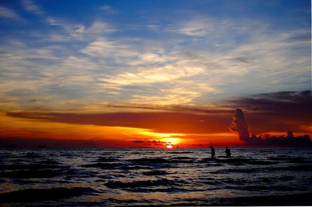 Ocean sunset - Photo by Alva Pratt on Unsplash