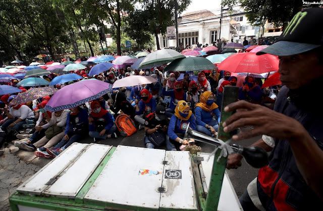 Buruh Pendukung PDIP Kecewa, Pengamat: Pindah ke Demokrat? Tergantung Kepiawaian