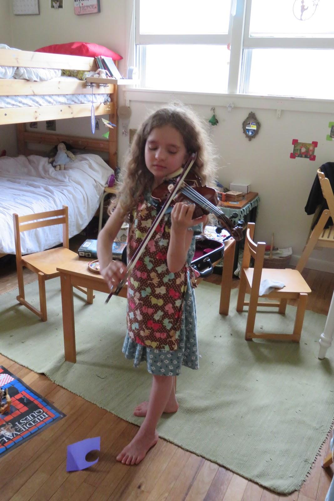 Untrodden Paths: Violin Player/Geigenspielerin